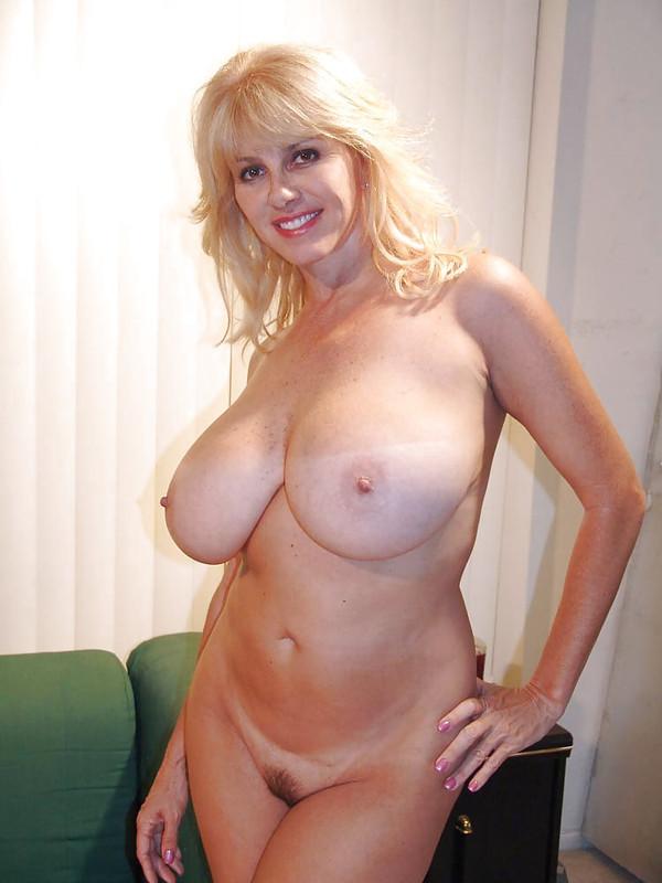 Русские пышные голые мамки частное фото